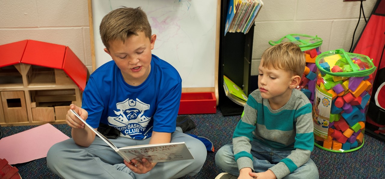 Patrick Henry Students Reading to Each Other